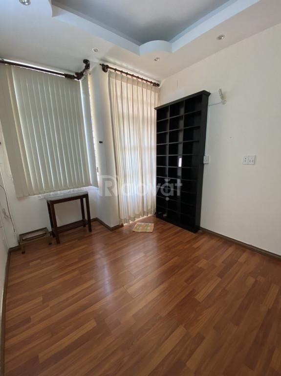 Bán nhà hẻm 376 Nguyễn Đình Chiểu P.4 Q.3, trệt lửng 3 lầu , giá 4,8 t