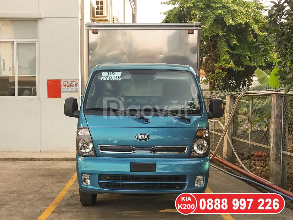 Xe tải KIA Thaco Frontier K200 tải trọng 1T9 được phép vào TP ban ngày