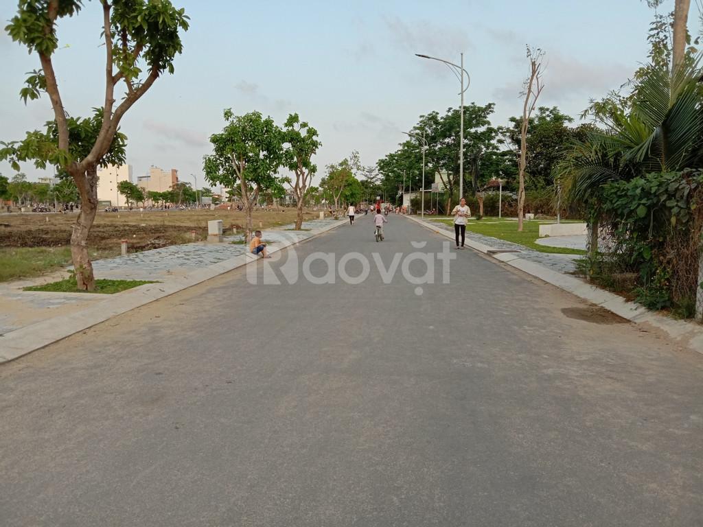 Chính chủ bán đất mặt tiền đường Quang Trung tp.Quảng Ngãi.