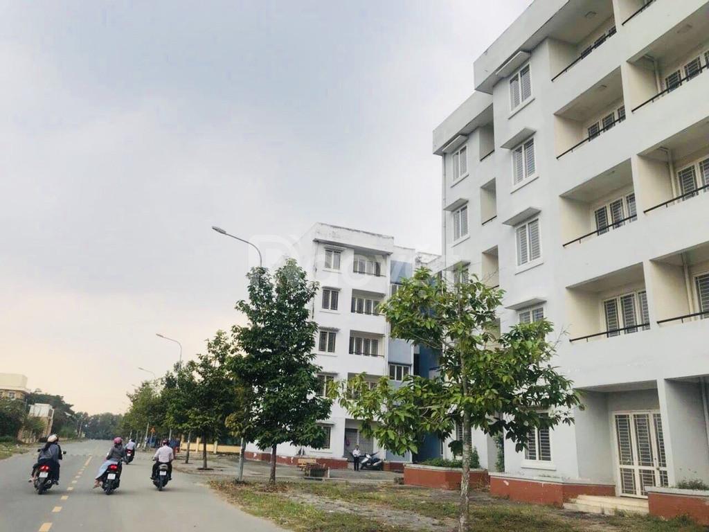 Cần tiền bán gấp nền đất cạnh trường TH Võ Văn Vân   SHR 100%