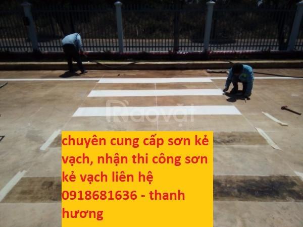 Tìm mua sơn kẻ vạch màu vàng cho tầng hầm nhà xe tại Long An (ảnh 4)