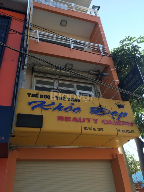 Cần bán gấp nhà 1 trệt 3 lầu MT đường 23/10 cách Ga Nha Trang 3p