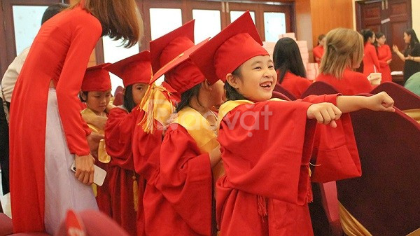 Xưởng may lễ phục tốt nghiệp mầm non 2020
