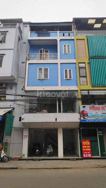 Bán nhà mặt đường Lê Hoàn giá chỉ 5,7 tỷ