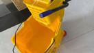 Xe làm vệ sinh 1 xô có đầu ép nước HiClean HC070 (ảnh 4)