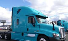 Cần bán xe đầu kéo freightliner cascadia đời 2014 nhập khẩu 2020