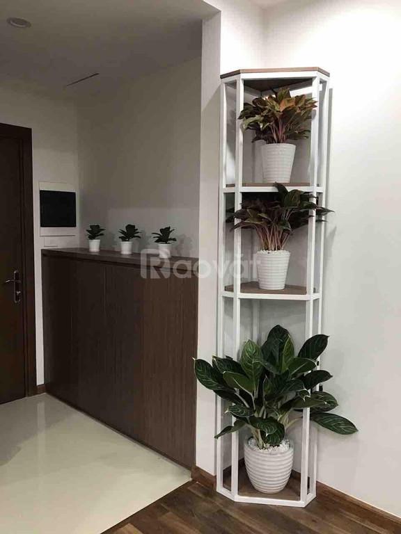 Cho thuê căn hộ 2 phòng ngủ chung cư Goldmark City full nội thất