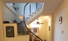 Nhà ngõ 459 Đội Cấn nhà mới, rộng thoáng, nội thất mới, về ở luôn