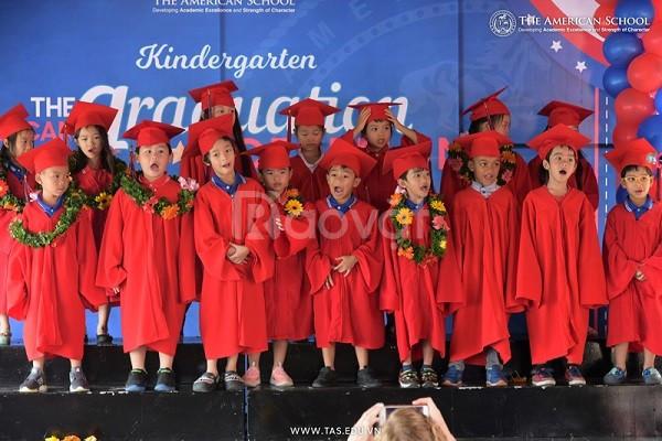 Xưởng may áo cử nhân, áo tốt nghiệp mầm non top 1 Hồ Chí Minh