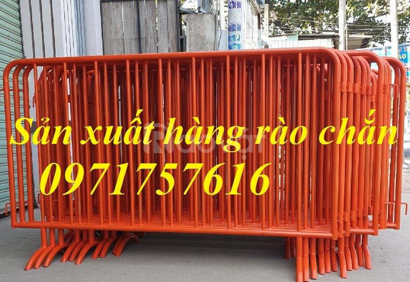 Hàng rào di chuyển ,hàng rào chắn đường có bánh xe