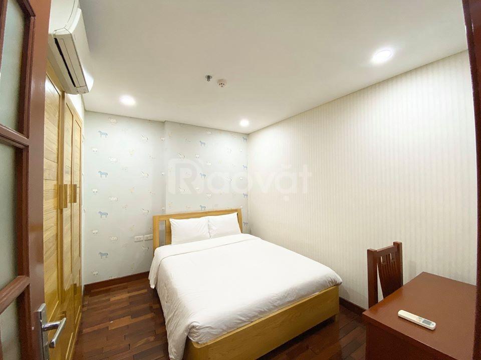 Tòa nhà căn hộ cao cấp phố Kim Mã, 9 tầng, 35 căn hộ khép kín cao cấp
