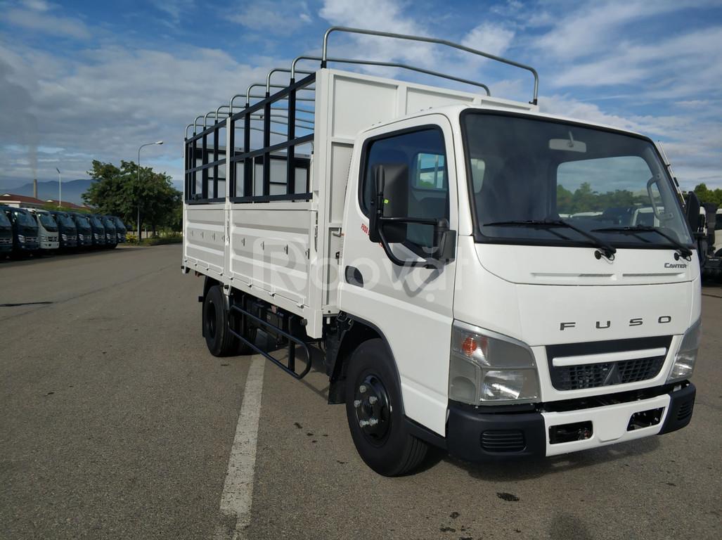 Xe tải Nhật Bản Fuso Canter 4.99 tải trọng 1.9 tấn thùng mui bạt