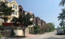 Cần bán lô biệt thự song lập, thiết kế hiện đại, nằm ngay tt Quận