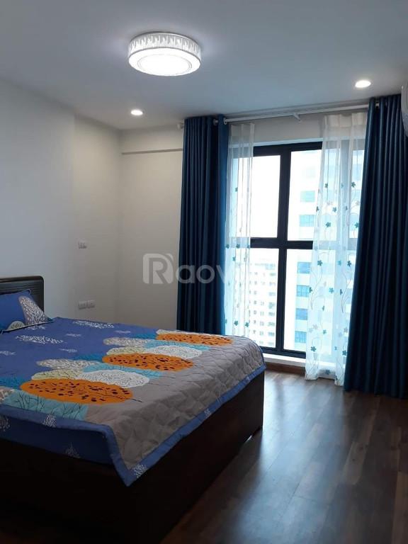 Cho thuê căn hộ 2 phòng ngủ full đồ chung cư Goldmark city