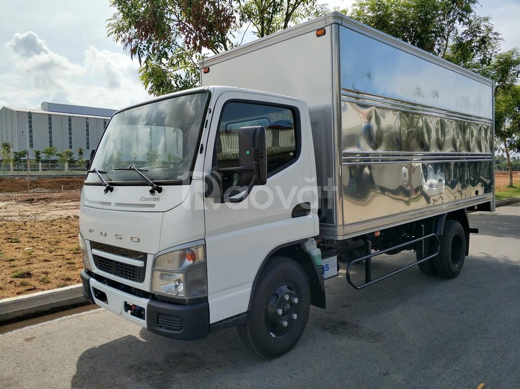 Bán xe tải Nhật Bản 2 tấn thùng kín