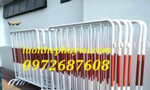 Sản xuất khung hàng rào di động bảo vệ nhà xe, siêu thị tại tp HCM