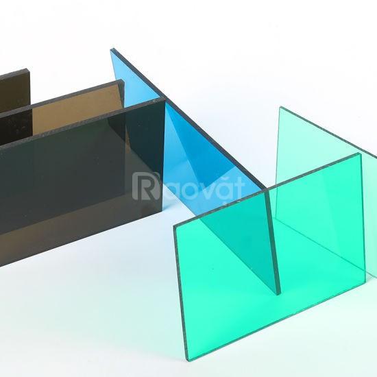 Tấm lợp thông minh Polycarbonate trong công trình nhà kính nông nghiệp