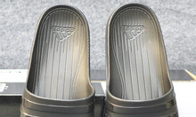 Adidas Duramo màu đen sọc bóng