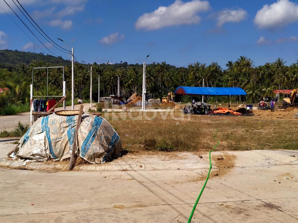 Chưa tới 600 triệu sở hữu lô đất ven Vịnh Xuân Đài