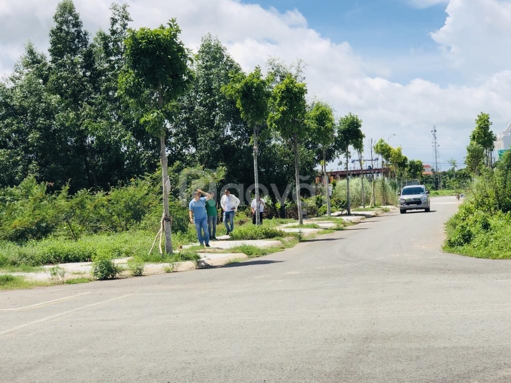 Chuyển nhượng lô đất gần chợ Vĩnh Long, đã có sổ đỏ, 835 triệu/ 90m2