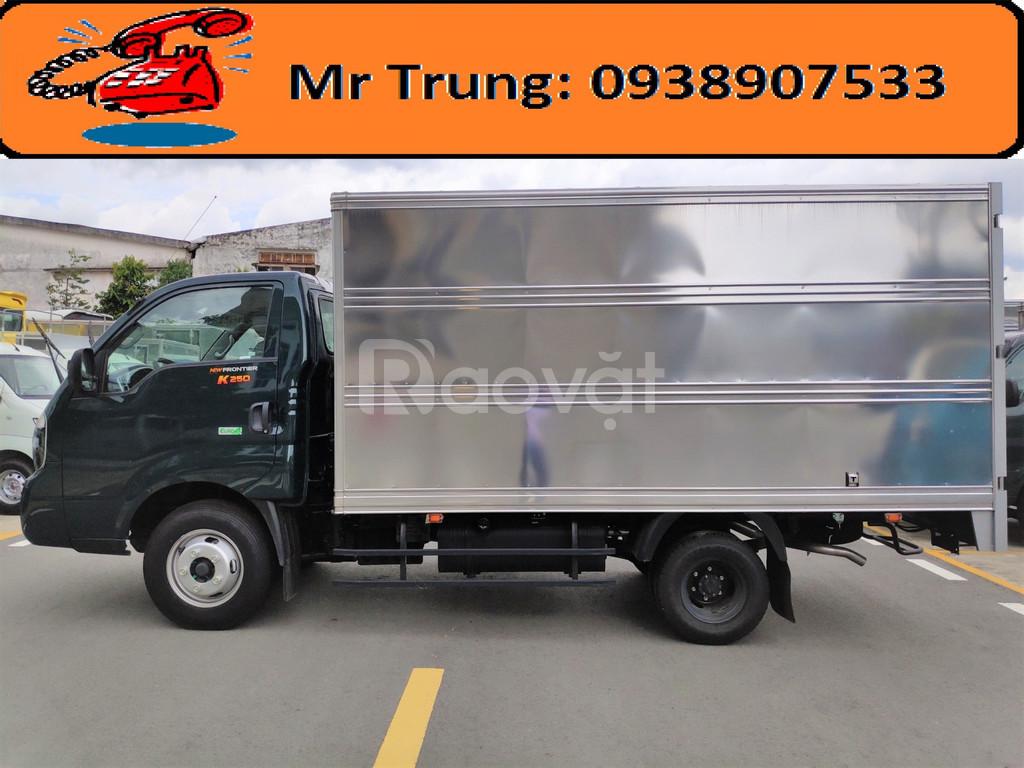 Xe tải kia k250 frontier 2.49 tấn thùng kín giá tốt