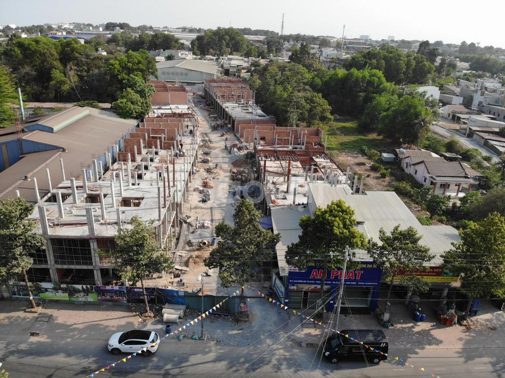 Bán nhà mặt tiền 218 Bùi Thị Xuân, Dĩ An, sát chợ Tân Bình