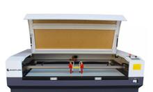 Máy cắt vải laser 1610 2 đầu tại Quận Thủ Đức
