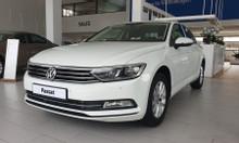 Bán xe Volkswagen Passat Comfort 2018, màu trắng nhập khẩu đức