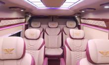 Transit Limousine, phiên bản nâng cấp của dòng 16 chỗ của Ford