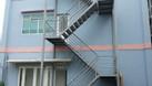 Cầu thang sắt thoát hiểm (ảnh 8)