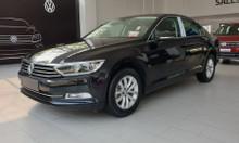 Bán xe Volkswagen Passat Comfort 2018 màu đen nhập khẩu Đức