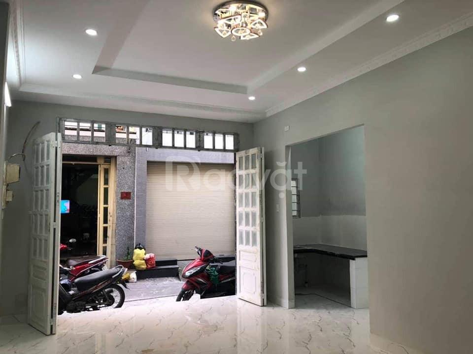 Bán nhanh nhà Tân Bình hẻm xe hơi, 2 tầng, 39m2 chỉ 3.99 tỷ
