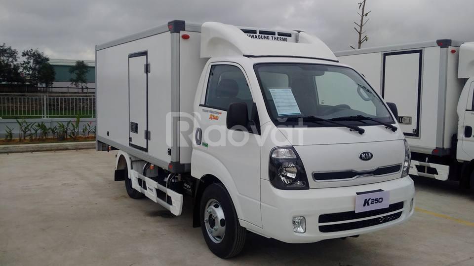 KIA K250 đông lạnh, tải trọng 1990kg