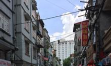 Nhà mặt phố chợ Vĩnh Tuy, Hai Bà Trưng, ô tô tránh