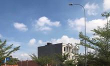 Cần bán nền đất Bình Chánh giáp ranh Bình Tân  SHR 100%  trả trước 50%