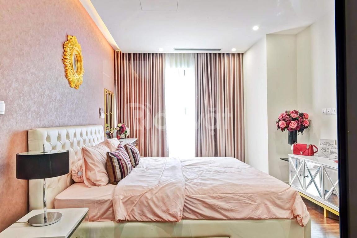 Chính chủ cần bán căn 3 ngủ 106m giá 3,8 tỷ full đồ CC Imperia Garden