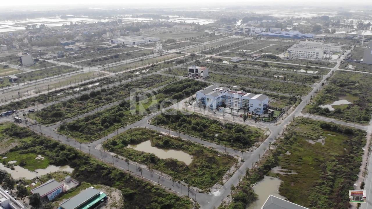 Bán đât biệt thự B2.2 BT5 hướng Tây trường Newton 200m2 tại Thanh Hà