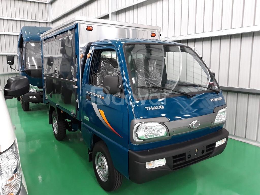 Towner 800 xe tải nhỏ chạy phố 8 tạ.