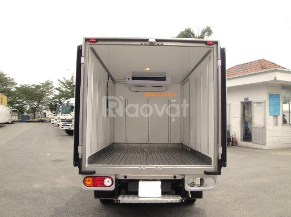 Xe tải thùng đông lạnh suzuki 500kg, suzuki carry pro 2020.