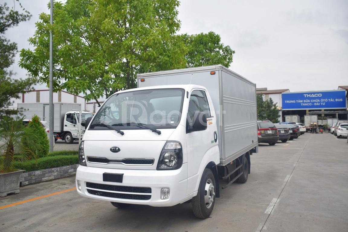 Xe tải Thaco Kia K250 thùng kín tải trọng 2.4t