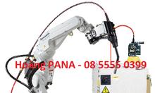 Ngành sản xuất đầu tư để phục hồi hay chờ chết, Robot hàn Panasonic