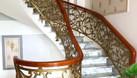 Cầu thang nhôm đúc bền đẹp sang trọng (ảnh 3)