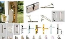 Thay bản lề khóa cử tủ phụ kiện đồ gỗ tại Long Biên