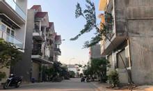 Bán 3 lô đất liền kề ở đường Tỉnh Lộ 10, phường Tân Tạo, Q. Bình Tân