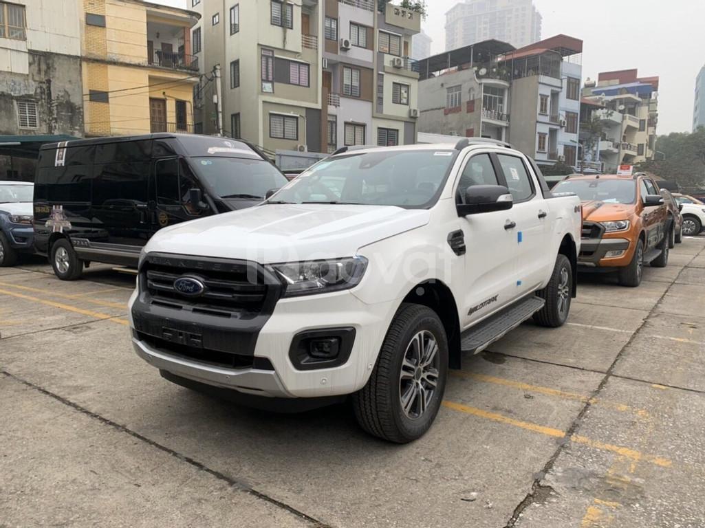 Giá xe Ford Ranger Wildtrak 2.0 Biturbo 4x4 AT 2020, Giao ngay