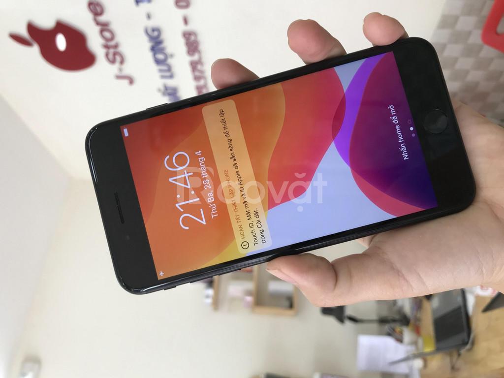 Iphone 7 plus lock 32gb nguyên áp, đẹp như mới, còn BH Apple dài 2021
