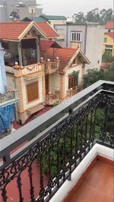 Bán nhà phố Bát Khối Long Biên 50m mặt tiền 4,2m ô tô đỗ cửa