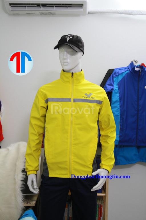 Công ty may áo khoác, áo gió theo yêu cầu trên toàn quốc chất lượng