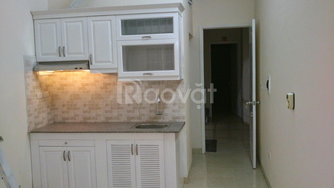 Cho thuê căn hộ khép kín tiện nghi tại Định Công Thượng