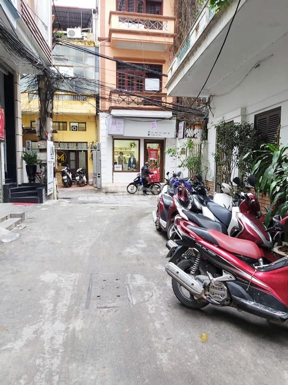 Bán nhà chính chủ cách 50m ra phố Thái Hà, ô tô vào nhà 9 tỷ 150 triệu